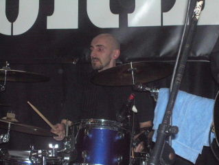 Si Smith - Drums